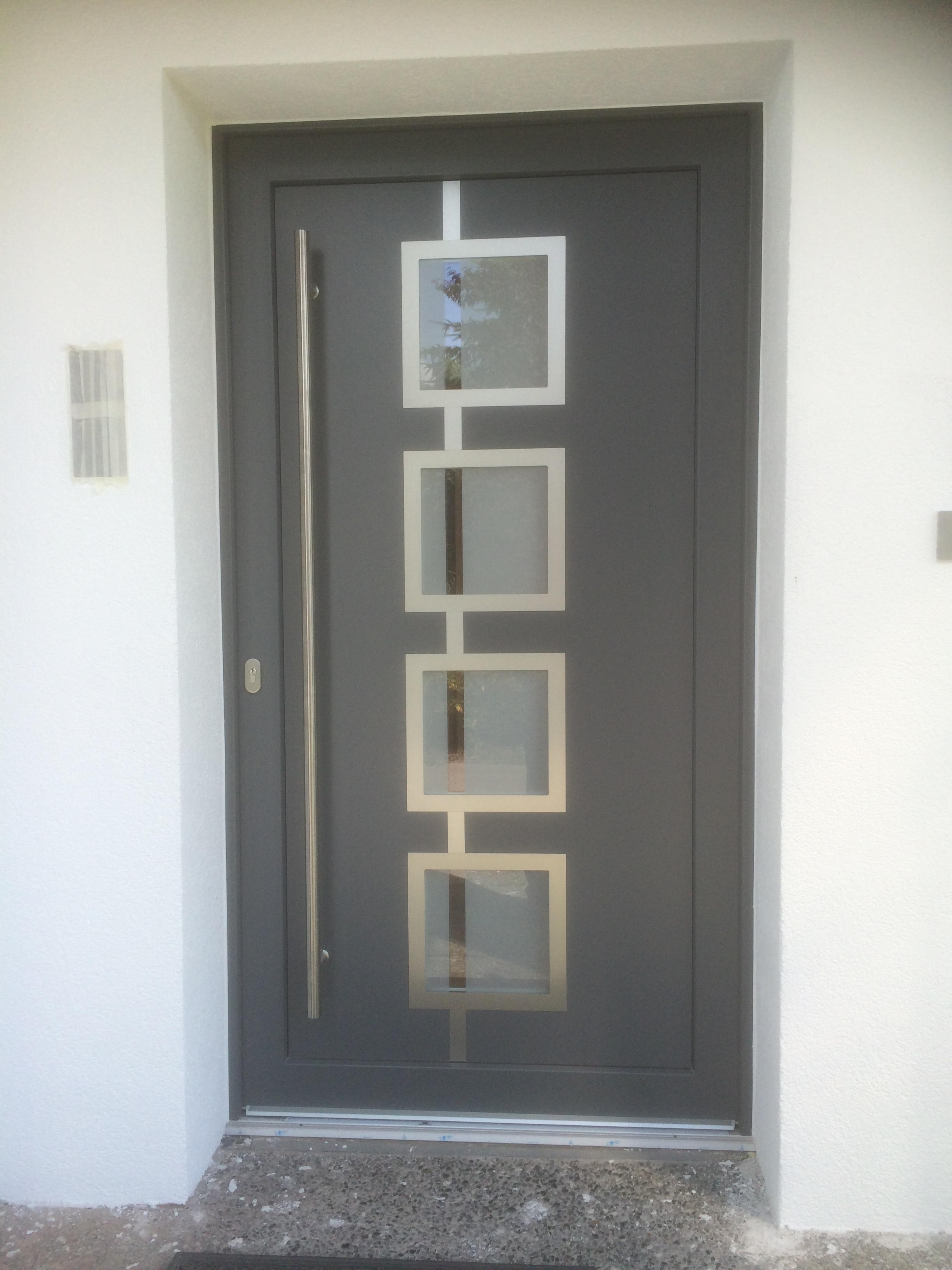 Haustüren mit Designfüllung