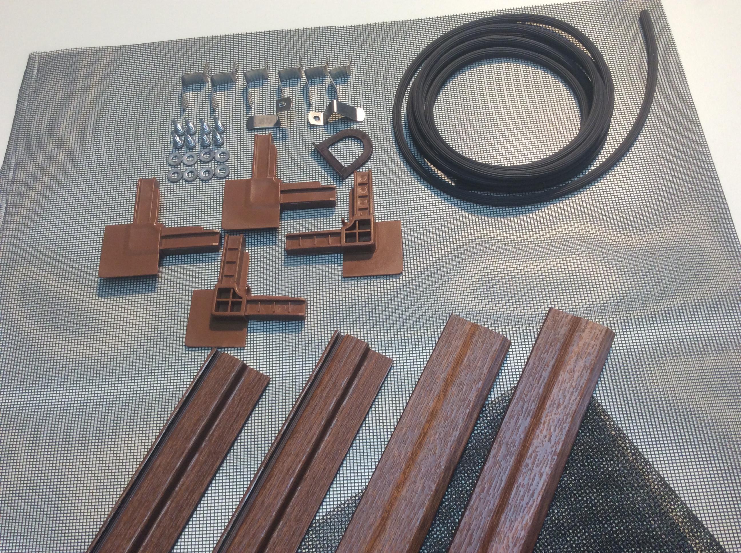 deluxe insektenschutz spannrahmen f r fenster golden oak bausatz gewebe in schwarz. Black Bedroom Furniture Sets. Home Design Ideas